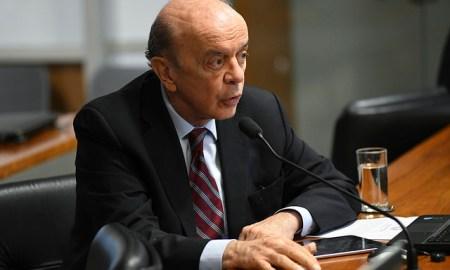 O senador José Serra: último a assinar a lista. Foto: Jefferson Rudy/Agência Senado