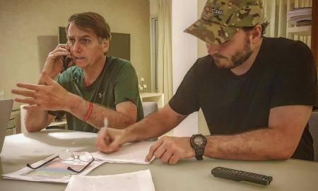 Segundo o vereador, pedidos para demitir Bebianno foram totalmente espontâneos. Foto: Carlos Bolsonaro/Facebook