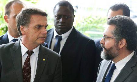 Retratos de Bolsonaro foram enviados a embaixadas - de outros países, em Brasília! Foto: Valter Campanato/Agência Brasil