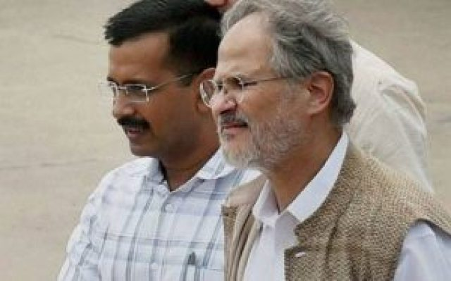 arvind kejriwal is surprised by the resignation of najeeb jung