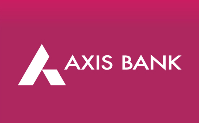 axis bank manager arrested for converting black money into white