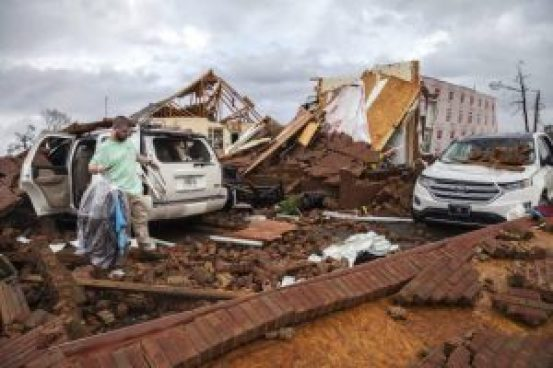 16 people died due to storm in southeast america