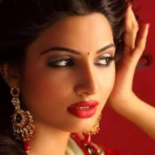 actress avani modi said that she is daughter of prime minister narendra modi