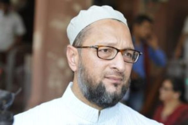asaduddin owaisi gives a befitting reply to a journalist