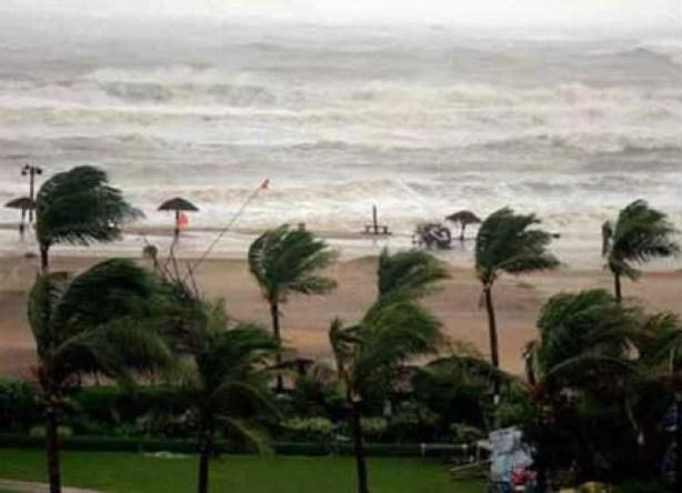 cyclone ockhi ओखी चक्रवात tamil nadu