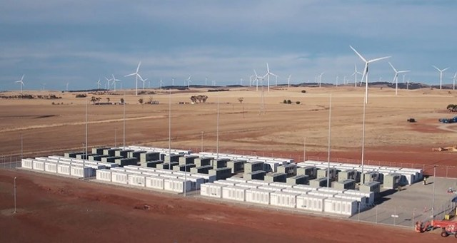 tesla टेस्ला turns on world's biggest battery