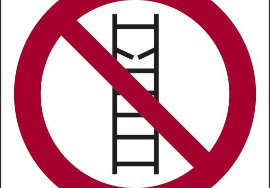 (non usare le scale in cattivo stato)