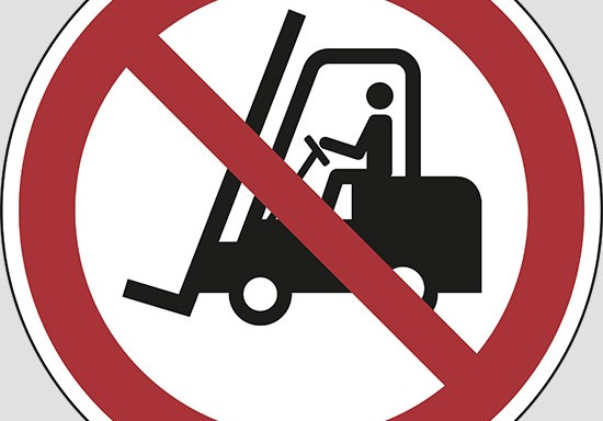 (no access for forklift trucks and other industrial vehicles)
