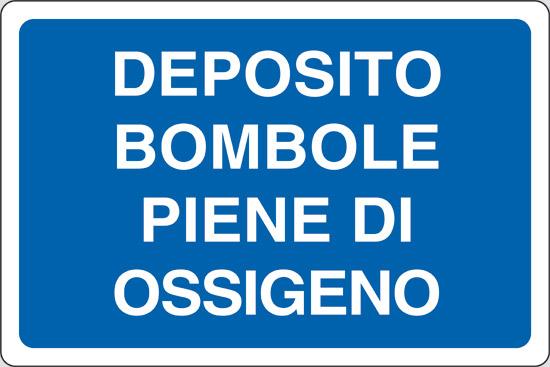 DEPOSITO BOMBOLE PIENE DI OSSIGENO