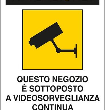 ATTENZIONE! QUESTO NEGOZIO E' SOTTOPOSTO A VIDEOSORVEGLIANZA CONTINUA Art. 13 del Codice in materia di protezione dei dati personali D.Lgs. 101/2018 e del Regolamento UE 2016/679 (GDPR)