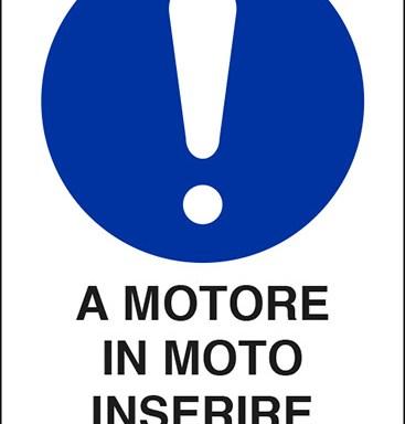 A MOTORE IN MOTO INSERIRE L'ASPIRATORE