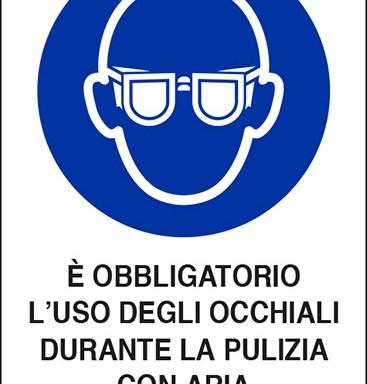 E' OBBLIGATORIO L'USO DEGLI OCCHIALI DURANTE LA PULIZIA CON ARIA COMPRESSA