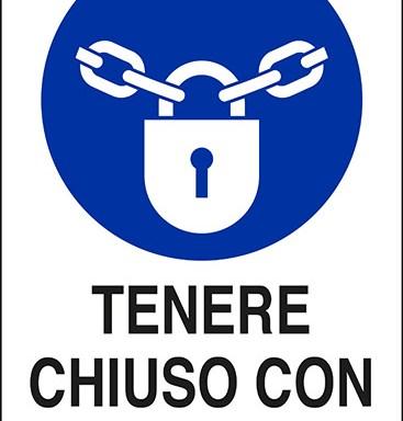 TENERE CHIUSO CON LUCCHETTO
