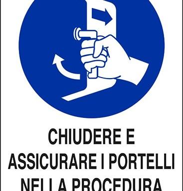 CHIUDERE E ASSICURARE I PORTELLI NELLA PROCEDURA DI LANCIO IN MARE