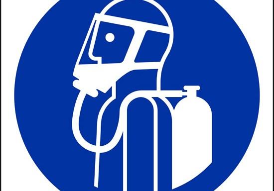 (usare autorespiratori – use self-contained breathing appliance)