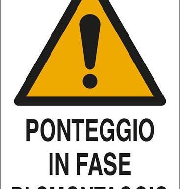 PONTEGGIO IN FASE DI SMONTAGGIO