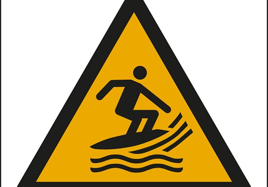 (attenzione; zona surf – warning; surf craft area)