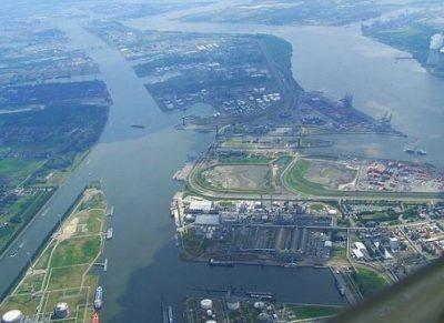 Vlaamse baggeraars eisen schadevergoeding na ontduiking milieuregels aanbesteding