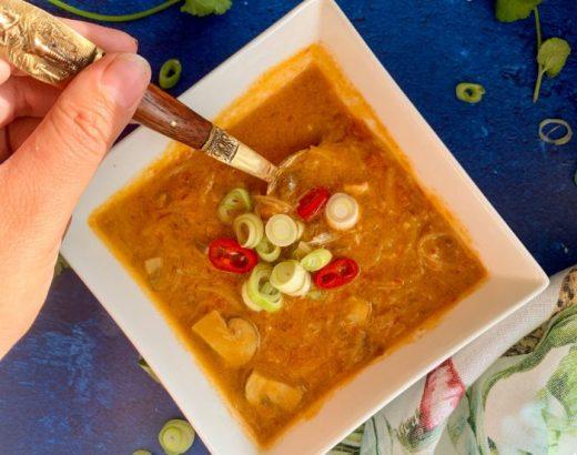 Thaise currysoep rijstnoedels