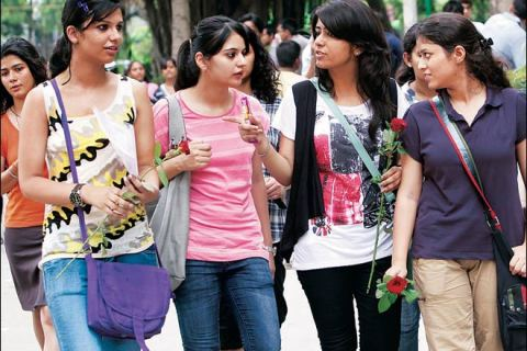 DU Admission 2018: Necessary Documents Students Required At The Time Of Admission