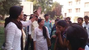 Allahabad University attempts to dissolve  Student's Union after student protest