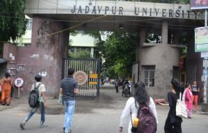 Prem, Porasona, Politics and more: Jadavpur University