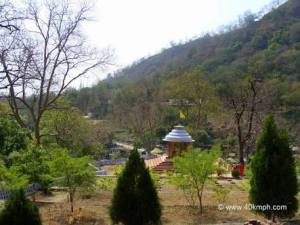 Kanvashram : into the deep morass of oblivion