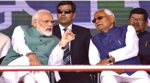 संकल्प रैली के मंच पर बिहार के लिए लिया संकल्प भूल गयें नीतीश