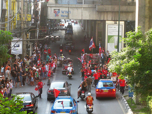 Red Shirts Gather at Sukhumvit Soi 11