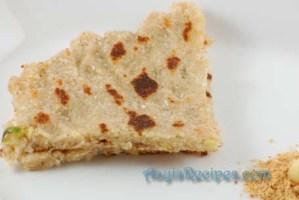 Wheat sooji rotti (Ganva rave bhakri)