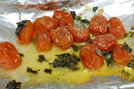 roasted cherry tomatoes sauce2.jpg