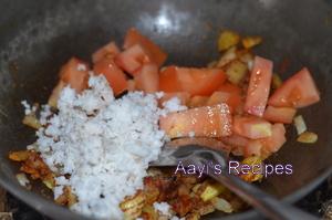 chicken gravy with garam masala3