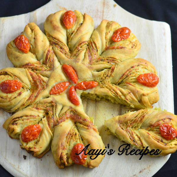 Pesto Filled Flower Shaped Bread17
