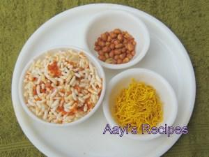 Spicy Puffed Rice (Kalaylo Chirmuro) with Poha Masala