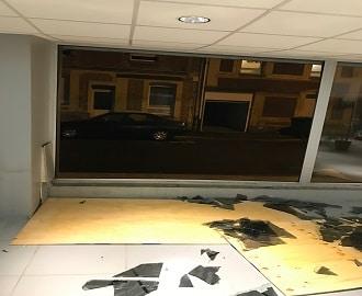 bris de glace vitrine de magasin au Havre