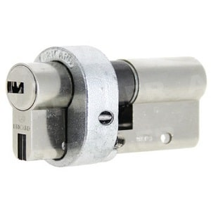bricard-cylindre-europeen-serial-s-a2p-avec-protecteur-AB FERMETURES LE HAVRE