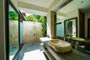 Villa Nyoman Bedroom 4 Bathroom