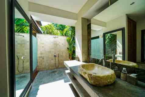 Villa Nyoman Bedroom 4 Bathroom