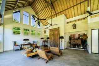 Villa Iluh Living Room Area(2)