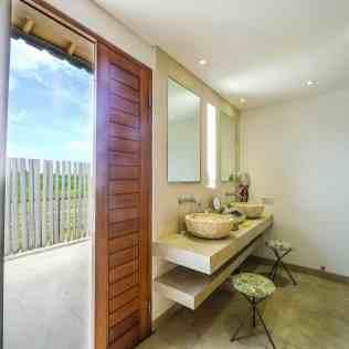 Villa Kadek Bedroom 4 Bathroom
