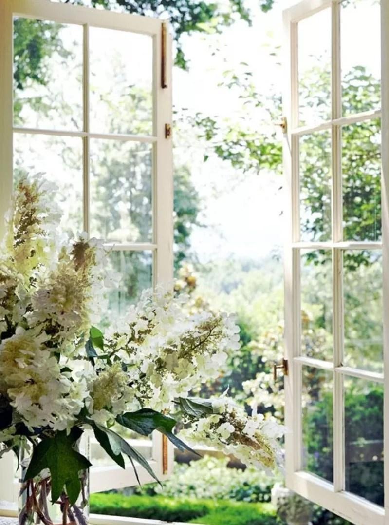 okna bez słupka stałego, okna z ruchomym słupkiem, nowoczesne okna, okna pcv, okna drewniane, okna izolujące od hałasu, szczelne okna, jakie okna kupić