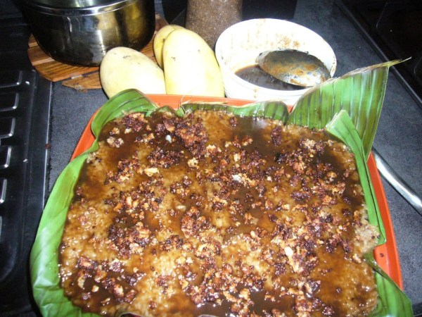 Voila! Biko with ripe mangoes!