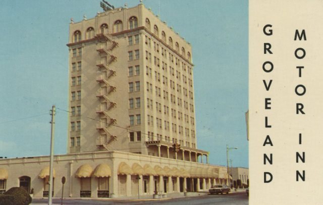 Dixie Walesbilt Hotel - Postcard from the 1970s