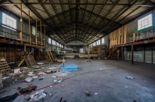 Old Amazon Hose and Rubber Co. Warehouse | Photo © 2012 Bullet, www.abandonedfl.com