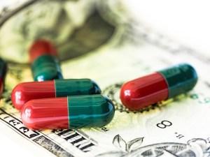 pills-943764_640