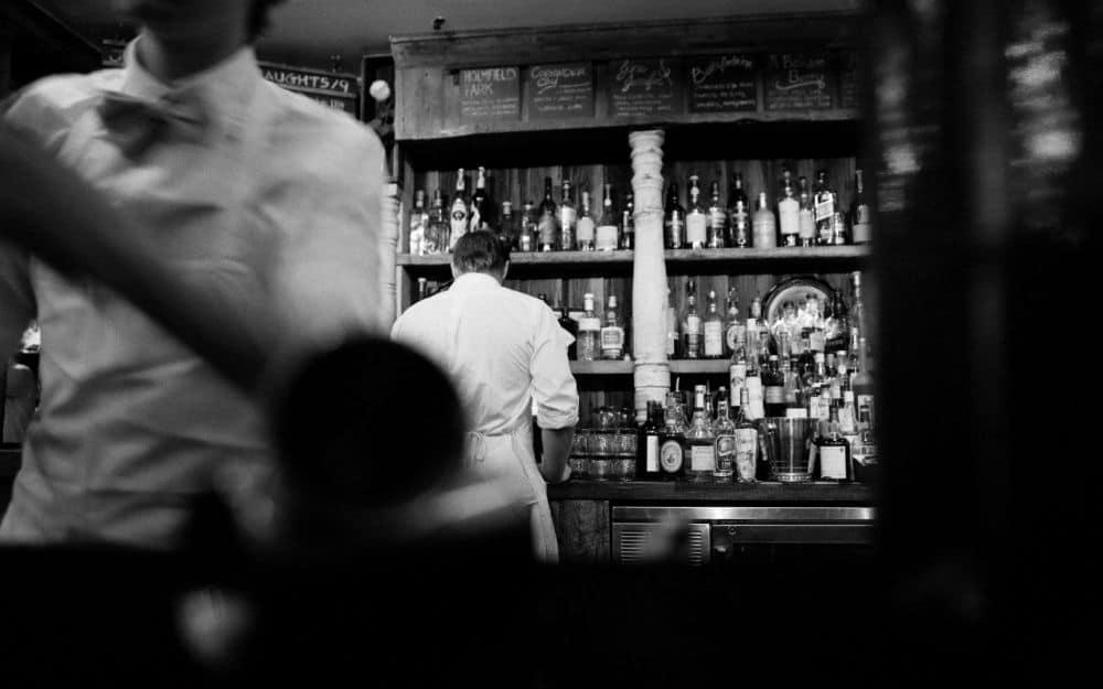 P1 - American vs. British Bartenders