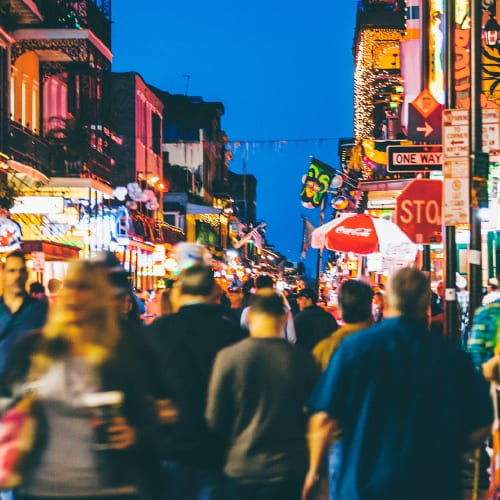 How to Stand Out From Other Bars in a Busy Market