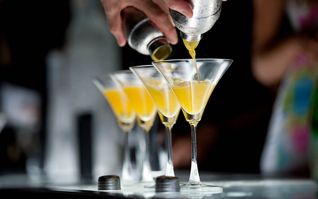 Cocktail Conference Apprenticeship: Joining an Army of Bartenders