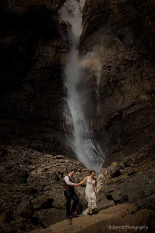 cathedral-mountain-lodge-elopement
