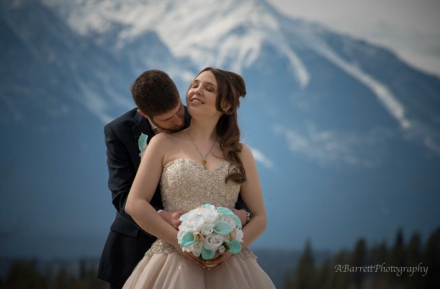 wedding_photography_golden_BC_blaeberry